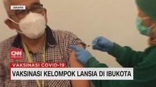 VIDEO: Vaksinasi Kelompok Lansia di Ibu Kota