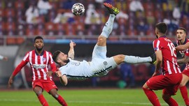 FOTO: Gol Salto Giroud, Nestapa Atletico