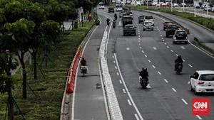 FOTO: Jalur Sepeda Permanen DKI 11,2 KM di Sudirman-Thamrin