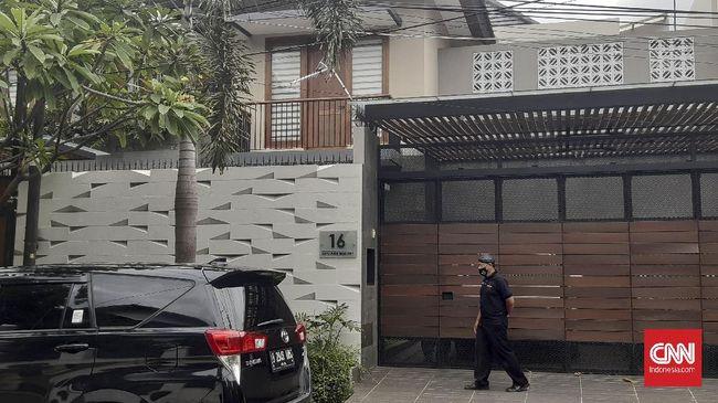 KPK menyebut sejauh ini tidak ditemukan dokumen atau barang yang berkaitan dengan perkara korupsi bansos dalam penggeledahan di kediaman kader PDIP Ihsan Yunus.