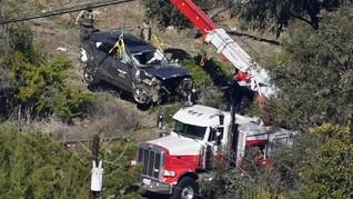 Kronologi Tiger Woods Kecelakaan Mobil