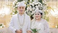 <p>Diketahui, Olivia sebelumnya bercerai dengan mantan suaminya yang merupakan seorang perwira TNI. (Foto: Instagram @niadaniatynew)</p>