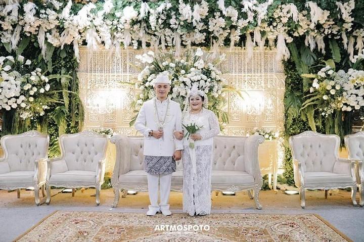 Pernikahan Anak Nia Daniaty