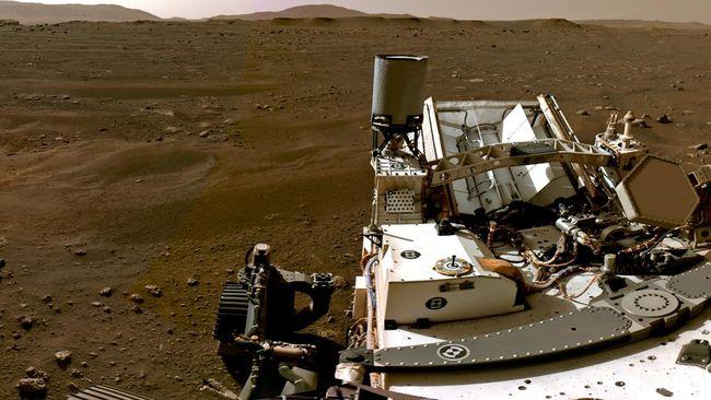 NASA merilis foto 360 derajat terbaru permukaan Mars, setelah sebelumnya mengirim foto pertama planet itu saat mendarat.