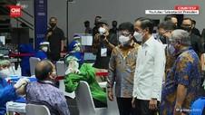 VIDEO: Jokowi Tinjau Vaksinasi Wartawan di GBK
