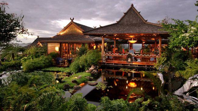 Selain wasiat menabur abu kremasinya di Bali, ternyata si Ziggy Stardust juga punya vila dengan arsitektur dan dekorasi khas Pulau Dewata.