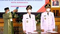 <p>Gibran Rakabuming Raka saat dilantik bersama Teguh Prakosa yang menjabat sebagai Wakil Wali Kota Solo. (Foto: Instagram @pemkotsurakarta)</p>