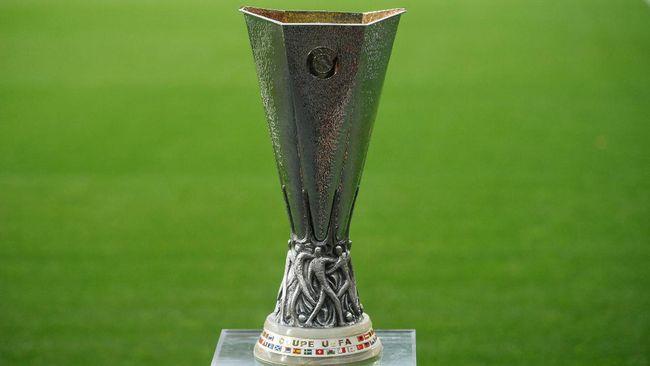 Manchester United menghadapi AC Milan pada babak 16 besar Liga Europa sesuai undian di markas UEFA di Nyon, Swiss, Jumat (26/2).