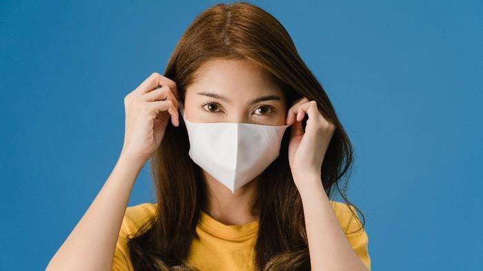 Penyebab Maskne, Jerawat yang Muncul karena Masker dan Cara Mengatasinya
