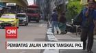 VIDEO: Pembatas Jalan Untuk Tangkal PKL