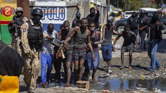 FOTO : Upaya Napi Kabur dari Penjara Haiti