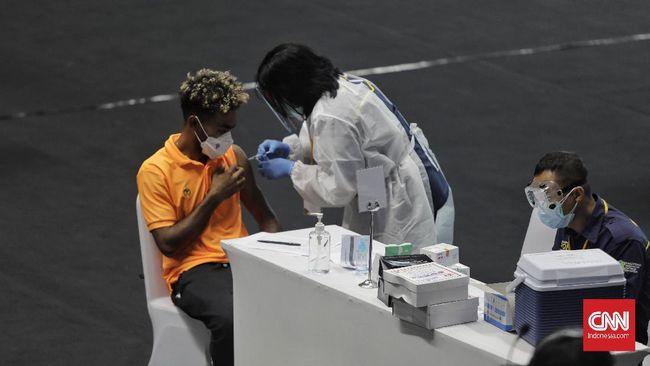 Direktur Telkom Fajrin Rasyid menyebut pemerintah tengah menyiapkan sertifikat vaksinasi covid-19 jadi pengganti aturan tes swab/PCR.