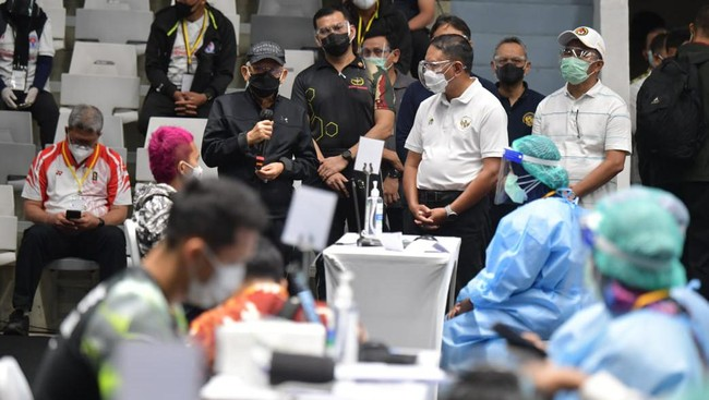 Wapres Ma'ruf Amin Ungkap Alasan Vaksinasi Atlet Penting