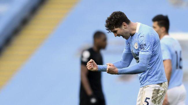 John Stones dan Ruben Dias membuktikan mereka bukan hanya sekadar benteng kokoh Manchester City di laga lawan West Ham.