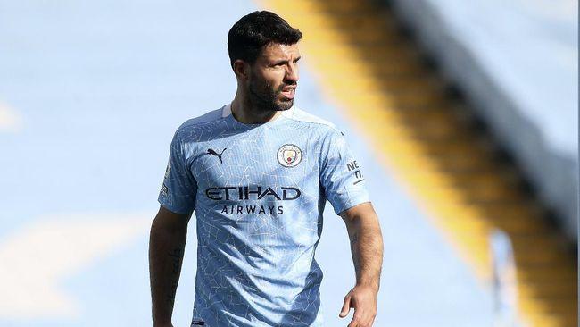 Penyerang Manchester City, Sergio Aguero, diklaim rela potong gaji untuk bisa bergabung dengan Barcelona pada musim depan.