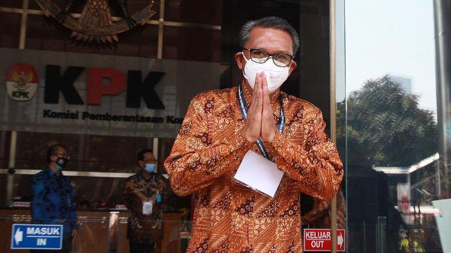 KPK mengamankan uang sebesar Rp1,4 miliar dan dalam bentuk mata uang asing terkait kasus dugaan korupsi Nurdin Abdullah.