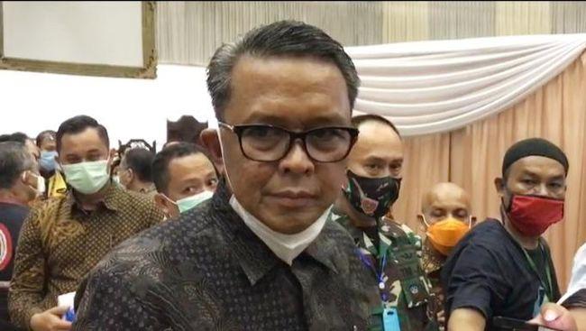 Penyidik KPK juga menggeledah kantor Dinas Pekerjaan Umum dan Tata Ruang Sulawesi Selatan terkait kasus yang menjerat Nurdin Abdullah.