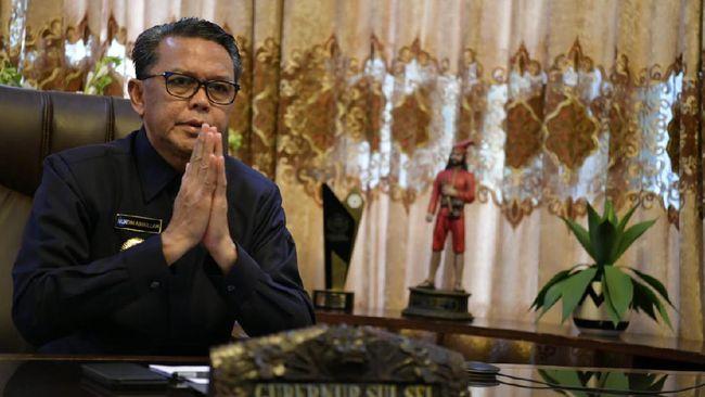 Gubernur Sulawesi Selatan Nurdin Abdullah ditangkap usai serangkaian transaksi uang mencapai Rp2 miliar yang melibatkan anak buahnya.