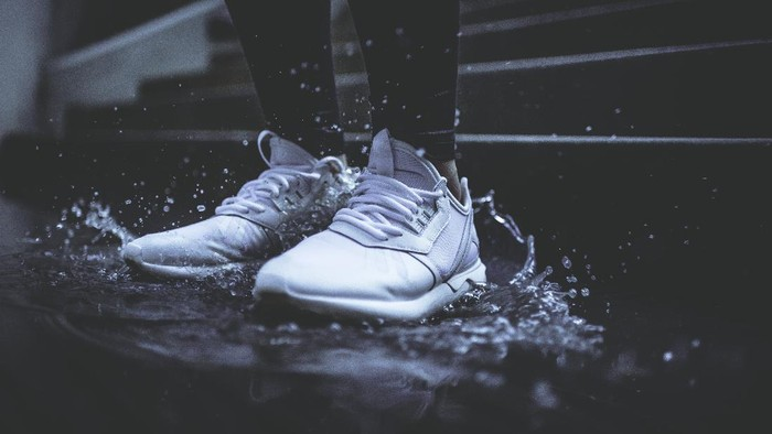 5 Rekomendasi Brand Sneakers Agar Fashion Kamu Lebih Stylish!