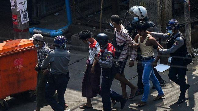 Korban tewas demo antikudeta di Myanmar terus bertambah sampai sikap As kepada Arab Saudi soal laporan kematian Jamal Khashoggi.