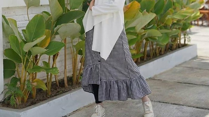 Unik, 5 Ide Outfit Hijab dengan Rok Ruffle untuk Tampil Kece dan Stunning