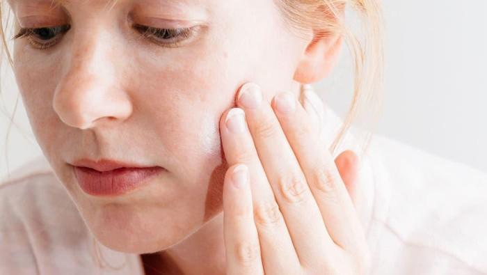 Supaya Hasilnya Maksimal, Perhatikan Jeda Aplikasi Pemakaian Skincare Berikut Ini