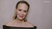 Gips Lengan, Aksesori Mewah Sarah Paulson di Golden Globes