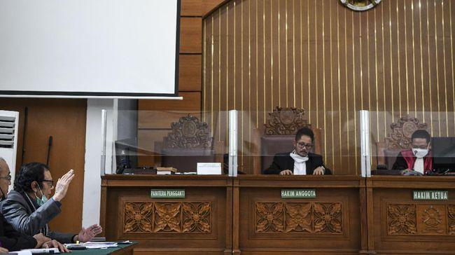Sidang perdana praperadilan Rizieq Shihab ditunda karena penyidik dari Polda Metro Jaya tak memenuhi panggilan hakim PN Jakarta Selatan, Senin (1/3).