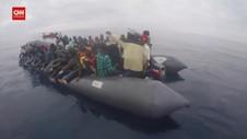 VIDEO: Penyelamatan Ratusan Migran Afrika Di Laut Mediterania