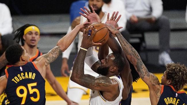 4 Fakta Menarik Usai Lakers Menang Telak atas Warriors