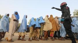 FOTO: Ratusan Gadis Korban Penculikan di Nigeria Dibebaskan