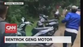 VIDEO: Bentrok Geng Motor di Bandung
