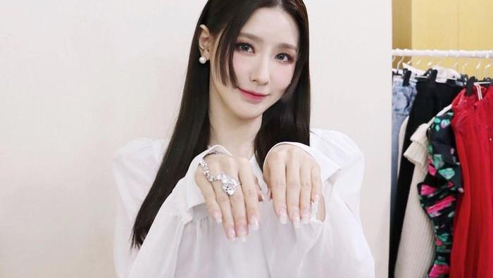 Hime Cut, Gaya Rambut Jepang yang Jadi Tren Baru di Kalangan Idol K-Pop