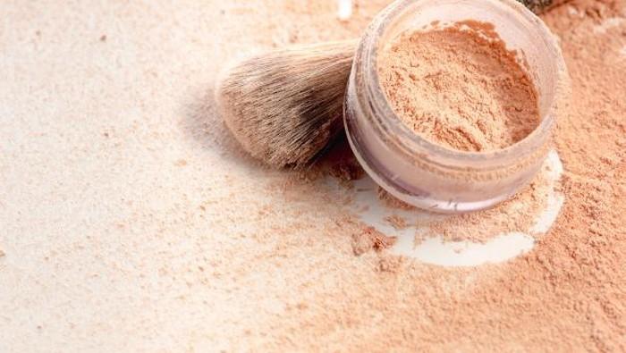 Loose Powder untuk Kulit Remaja Harga Terjangkau