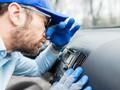 7 Cara Menghilangkan Bau Tak Sedap pada Mobil