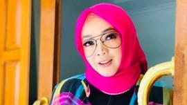 Rina Gunawan Meninggal, Seleb Indonesia Menangis