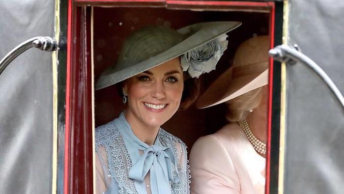 Ingin Harum Bak Bangsawan? Ini Daftar Parfum Favorit Wanita Kerajaan Inggris