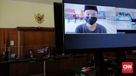 Nasabah Kasus Salah Transfer BCA Divonis 1 Tahun Penjara