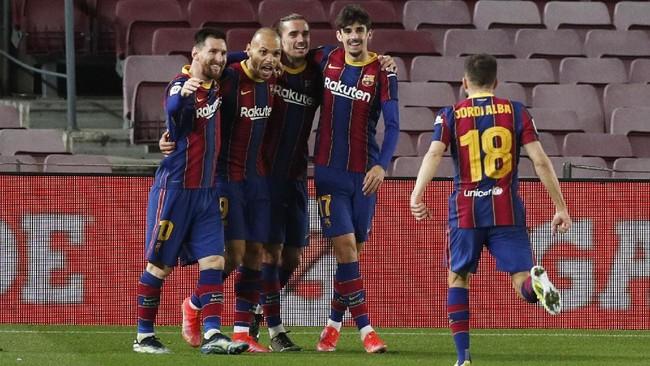 Barcelona melangkah ke final setelah membalikkan agregat menjadi 3-2 atas Sevilla pada leg kedua semifinal Copa del Rey di Camp Nou, Kamis (4/3) dini hari WIB.