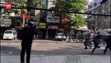 VIDEO: Detik-detik Jurnalis AP Ditangkap Militer Myanmar