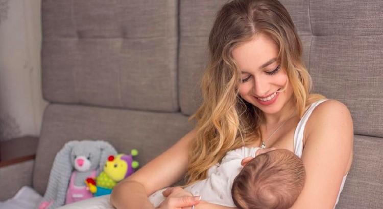 Mastitis memang terasa sakit dan tidak nyaman, namun tidak berbahaya bagi bayi, bahkan sebaiknya Bunda tetap menyusui untuk mempercepat proses penyembuhan.