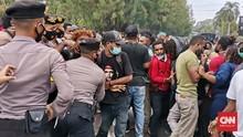 Pandemi, Polisi Bubarkan Aksi Tolak Otsus Papua di Semarang
