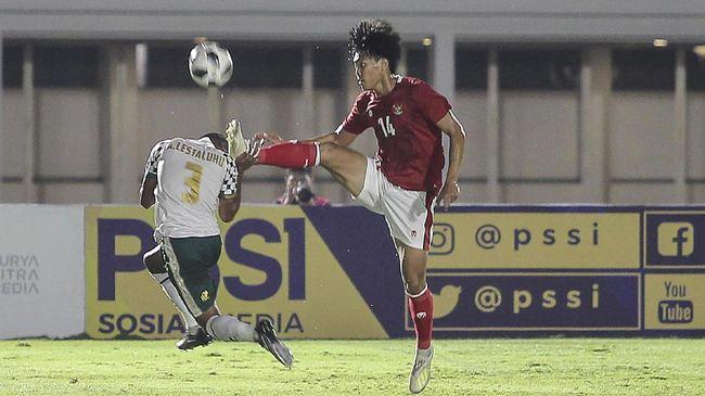 Shin Tae Yong akan mengerucutkan skuad Timnas Indonesia menjadi 28 pemain untuk berangkat ke Dubai, Uni Emirat Arab.