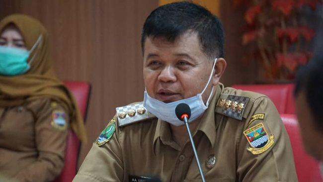 KPK Geledah Rumah dan Kantor Bupati Bandung Barat Aa Umbara