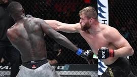 Jadwal UFC 267: Blachowicz vs Teixeira