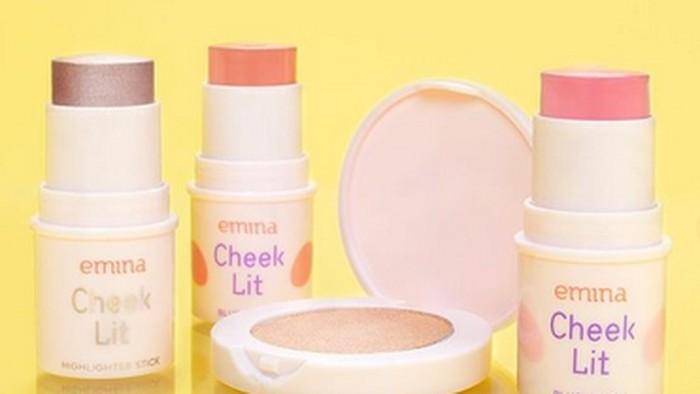 Makeup Glowing Natural dengan Emina Blush Stick and Highlighter Series