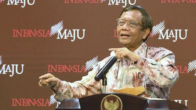 Menko Polhukam Mahfud MD memperingatkan para kepala daerah yang baru terpilih agar bersikap amanah dan menghindari korupsi..
