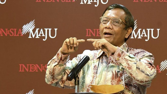 Mahfud Surati Yasonna Segerakan Pengajuan Revisi UU ITE