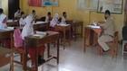 VIDEO: Hore Bisa Belajar Di Sekolah Lagi. 1 Kelas 15 Murid