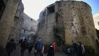 Patung Kepala Kaisar Roma Pertama Usia 2.000 Tahun Ditemukan